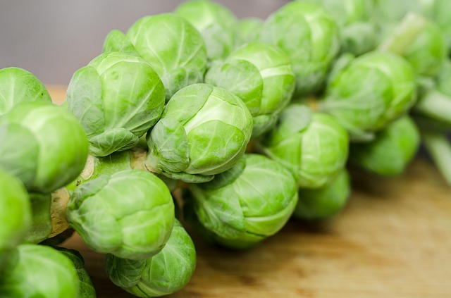 how to store Brussels sprouts