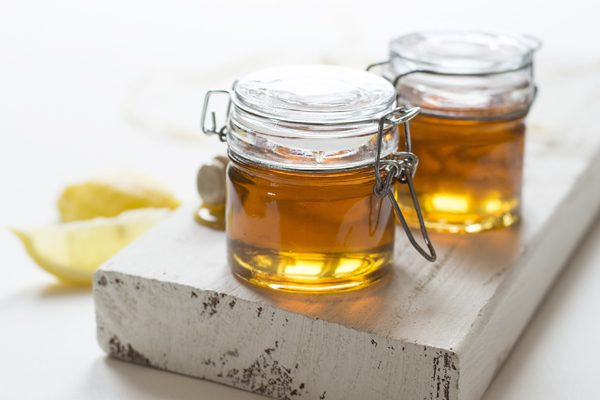 14 Little-Known Benefits of Honey