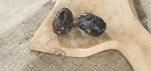 7 Benefits of Eating Dates