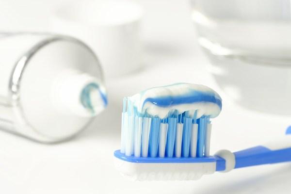Making 3 Natural Toothpastes at Home