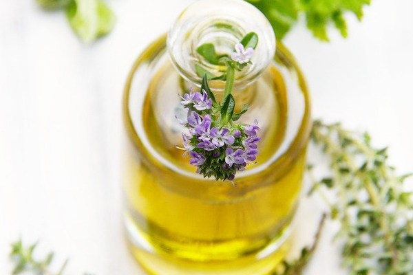 7 Vegetable Oils That Relieve Grief Pain