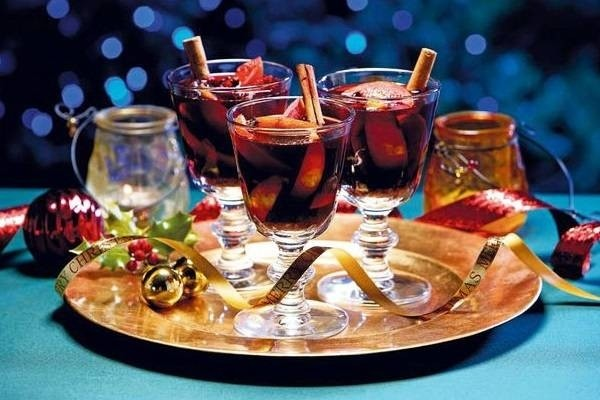 8 great cocktails for Christmas Eve