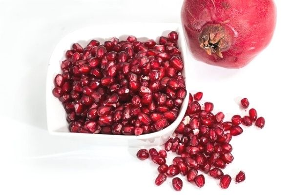 4 Simple Solutions to Remove Pomegranate Stains