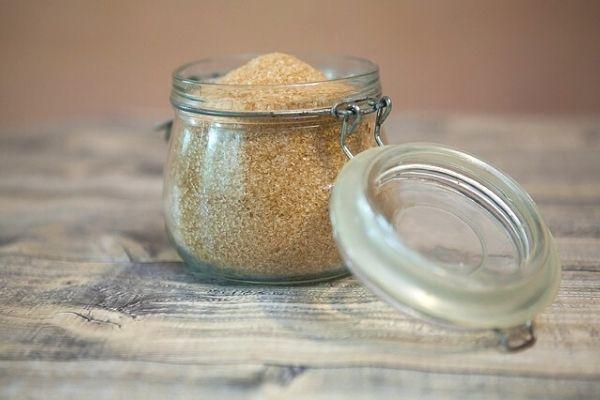 How to Make a Natural Sugar Peel at Home