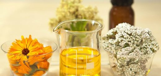10 Natural Nail Care Oil and Its Use