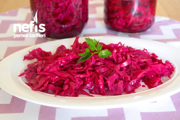 Restaurant Style Red Cabbage Pickles