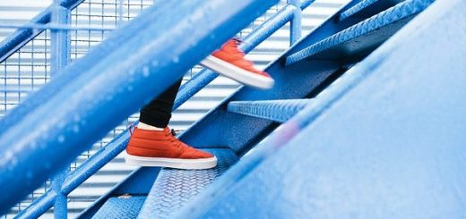 How Many Calories Does Climbing Stairs Burn