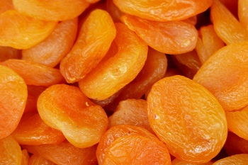 Calories in Dried Apricots