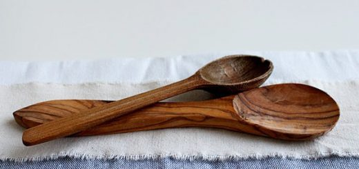 How to Clean Wooden Spoons